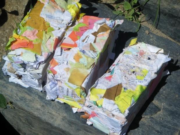 Briques en papier